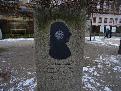 Μνημείο για τον ρομαντικό γερμανό συγγραφέα Ζαν Πωλ στο Μπαϊρόιτ / Jean Paul Monument in Bayreuth