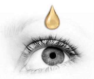 وصفة بسيطة بعسل النحل لعلاج الماء الأبيض بالعيون