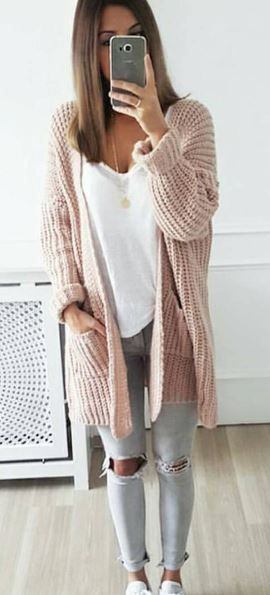 what to wear with a knit cardigan : white top + ripped jeans + sneakers