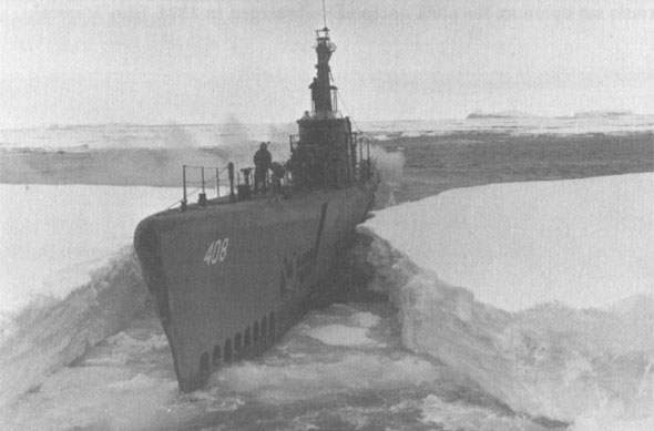 El submarino USS Sennet durante la Operación Highjump