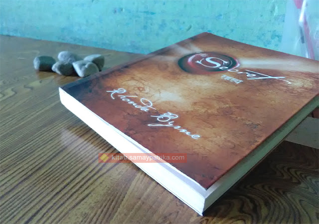 rhonda-byrne-secret-in-hindi-rahasya