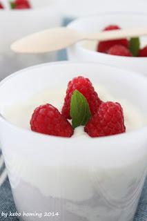 Coldcake mit Himbeeren im Glas, Dessert im Glas, Rezept bei kebo homing dem Südtiroler Food- und Lifestyleblog, Foodstyling und Fotografie