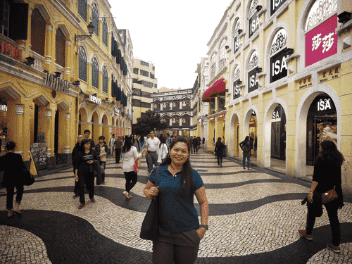 A busy avenue of shops and stores at Largo do Senado in Macau