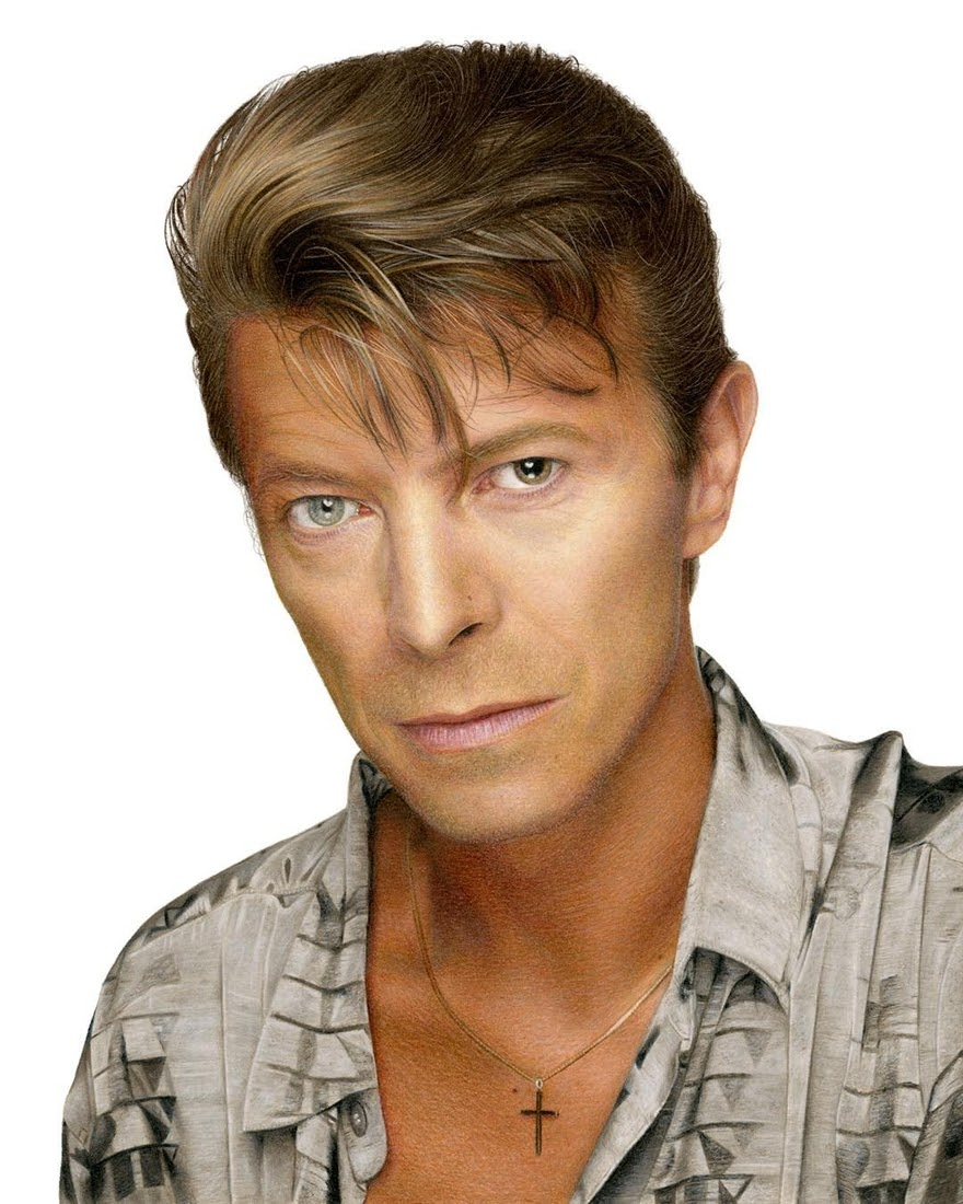 08-David-Bowie-Heather-Rooney-Photorealistic-Colored-Pencil-Drawing-Portraits-www-designstack-co