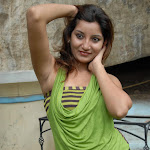 Vinni Hot Stills