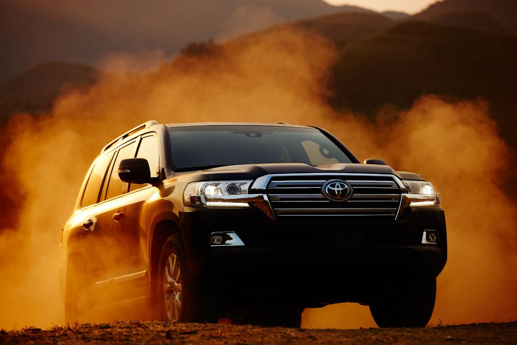 Car Detailing Prices >> Power Gets an Upgrade: Toyota Unveils 2016 Land Cruiser 200 (w/ Comparative Specs) | Philippine ...