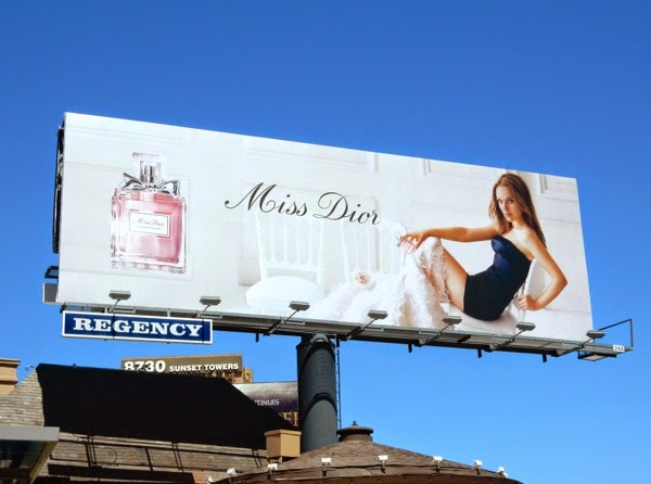 Natalie Portman Miss Dior Blooming Bouquet billboard