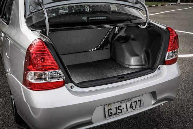 Toyota Etios Sedã 2018 - porta-malas