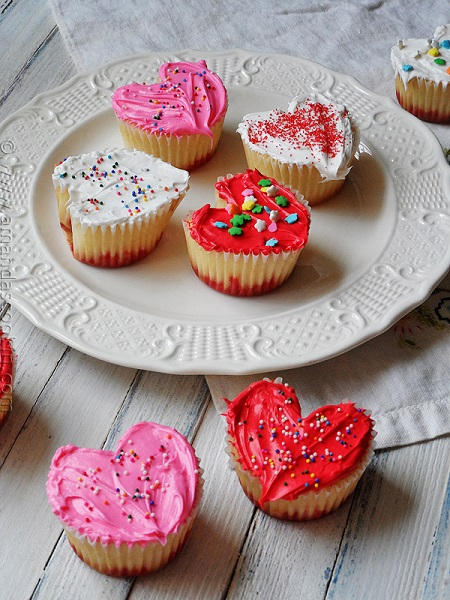 Surprise-a-loved-one-is-a-heart-shape-with-Cupcake-Valentine-s-Day