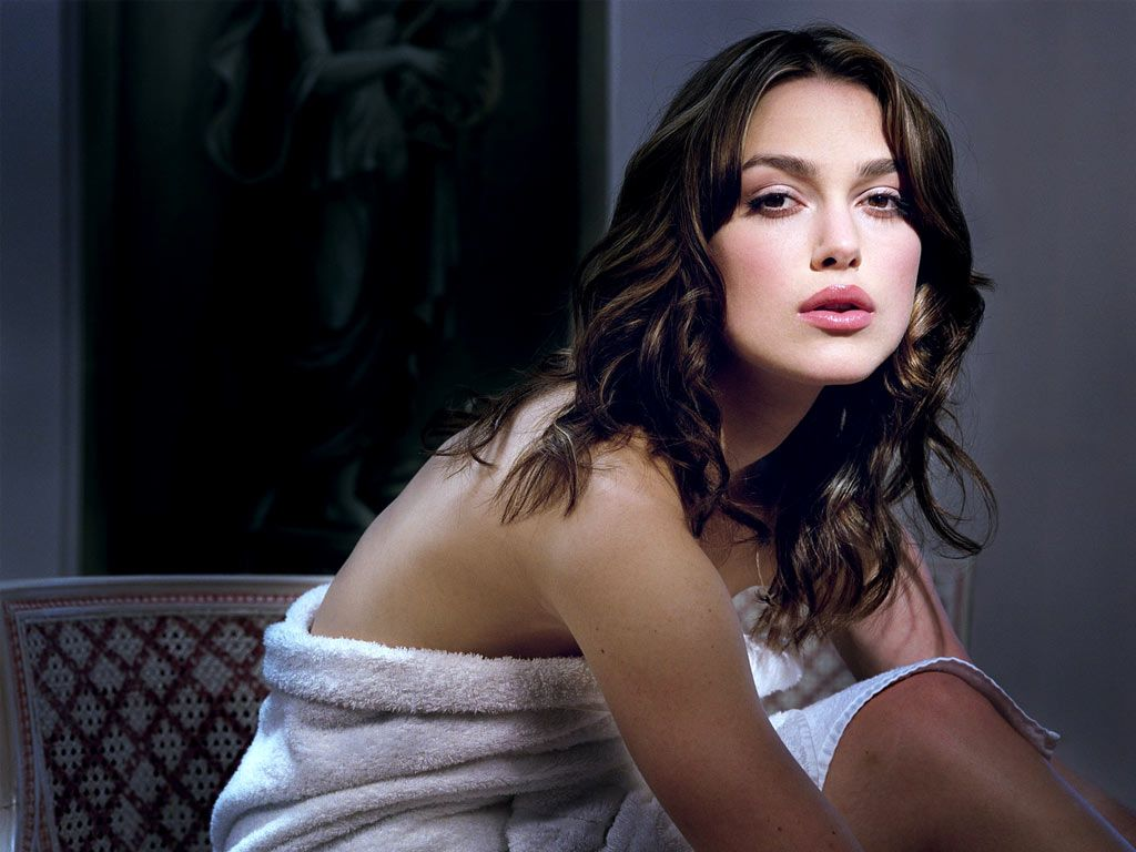 Keira Knightley Hot Wallpaper