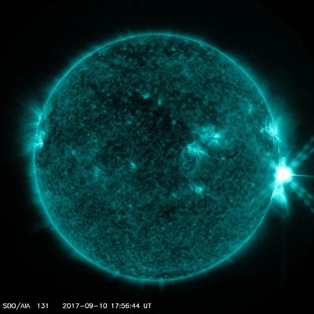 Erupção solar de classe X8 proveniente da mancha solar AR2673 - ocorrida no dia 10 de setembro de 2017