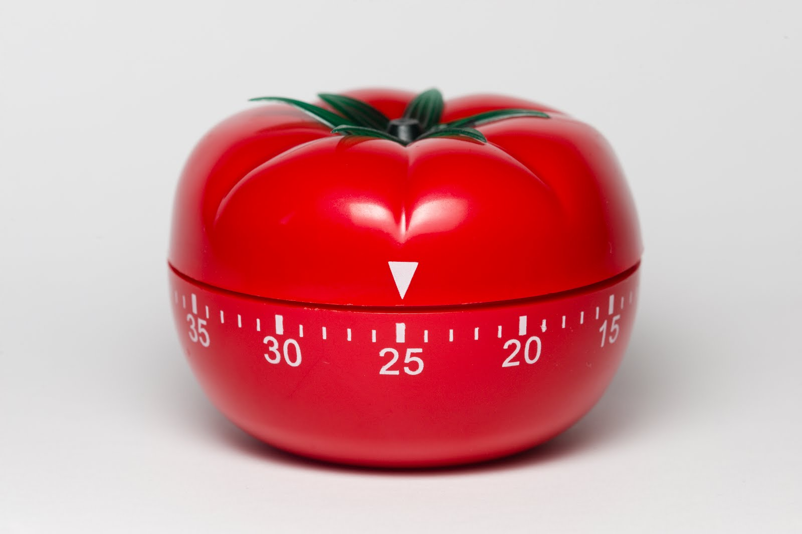 teknik pomodoro, meningkatkan konsentrasi, multitasking, artikel pengembangan diri, pomodoro