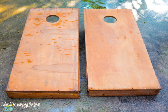 Painting Cornhole Boards | Revamp your plain Cornhole boards with this simple painting technique.