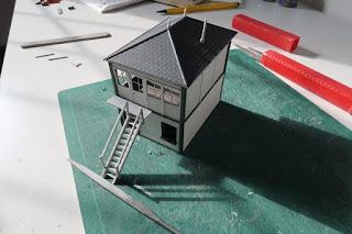 Dapol signal box