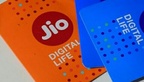 "Reliance Jio's Happy New Year Offer of ""100% Cashback"
