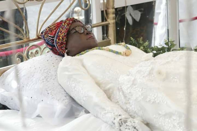 Ebony's final funeral ceremony as Ghanaians weep, Tears flow for Ebony and Ruff Town Records arrive [Watch More Photos and Videos]