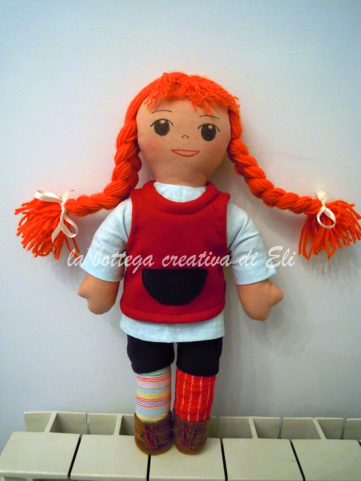 http://labottegacreativadieli.blogspot.it/2014/05/bambola-di-pezza-pippi-calzelunghe-.html