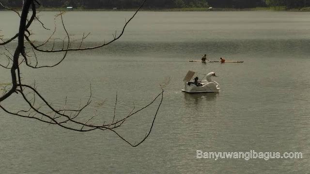 Danau Ranu Klakah, Lumajang.