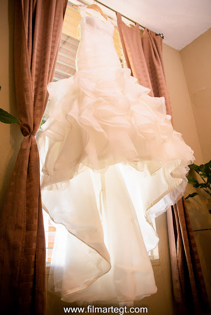 Vestido de Novia Jardín el Cerro Guatemala, Fotógrafos de boda, fotógrafos de Guatemala, Novia, Novios, Boda en Antigua Guatemala, destination wedding, Weddig photographer