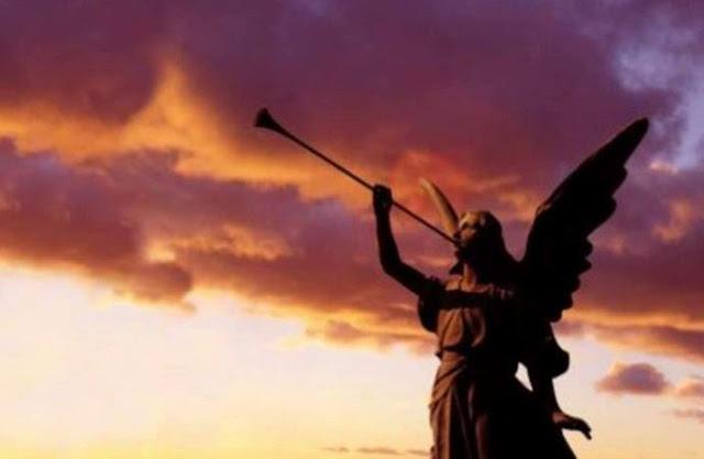 В Словакии с неба слышится зловещий рев