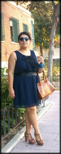 Moda Ideas Para Chicas Reales Vestido Azul Marino Y