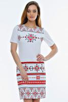 tinuta-cu-motive-traditionale-romanesti-1