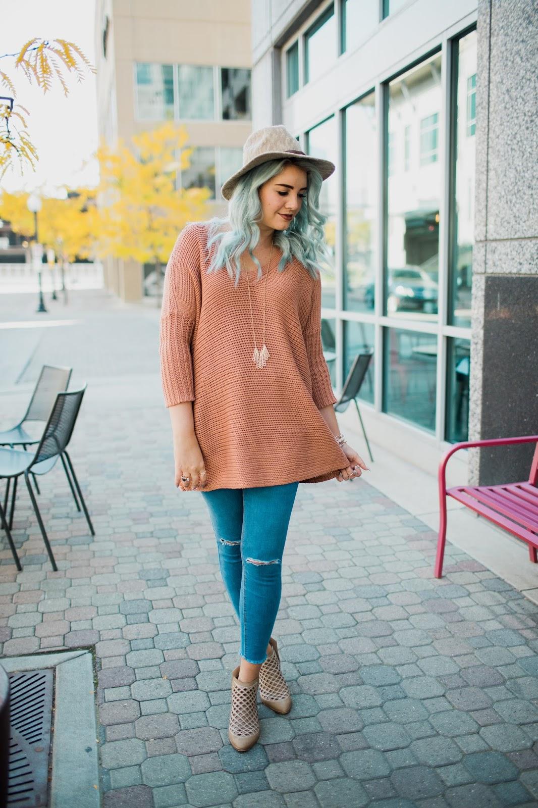 Girl Boss, Blush Sweater, ASOS Outfit