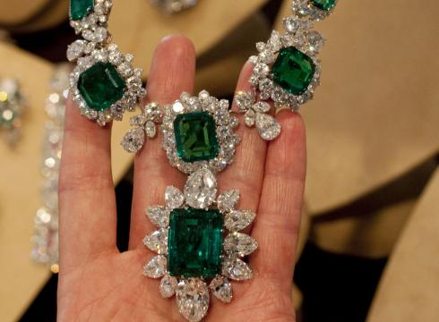 largest emerald auction such news