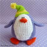 http://www.howtoamigurumi.com/penguin-amigurumi-free-crochet-pattern/