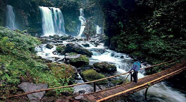 Wisata Alam Purwokerto - Menikmati Monumen Dunia dalam Satu Hari