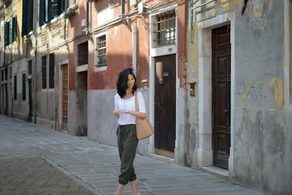 Olive Pants and Givenchy Antigona Beige