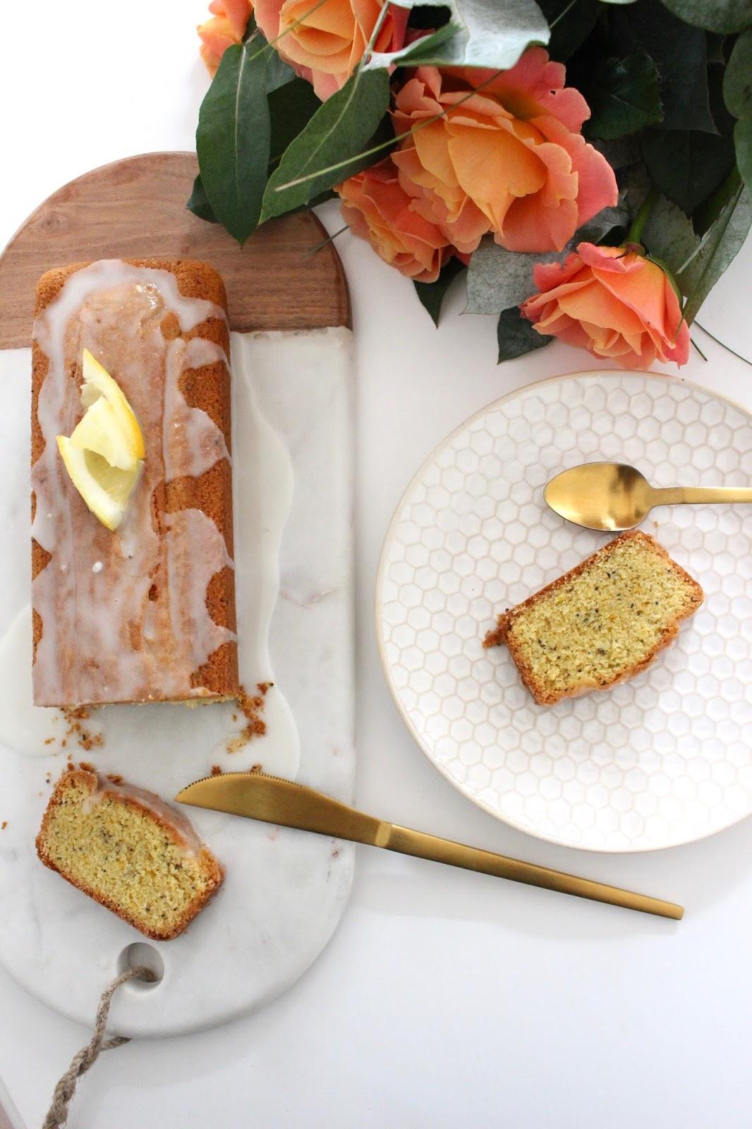 cake au citron et graines de pavot. Black Bedroom Furniture Sets. Home Design Ideas