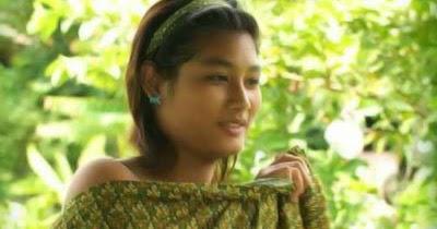 Image Result For Abg Goyang Hot Di Kamar