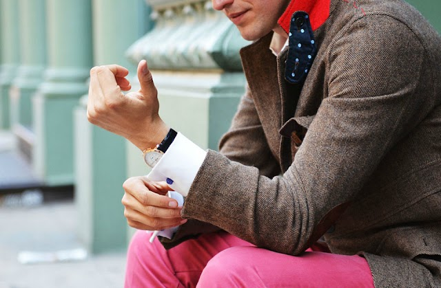 AD #1: HOW TO WEAR A PINK TROUSER
