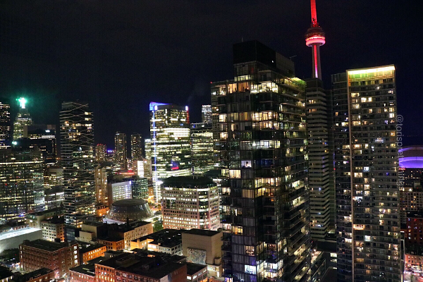 Downtown Toronto at Night - Tori's Pretty Things Blog