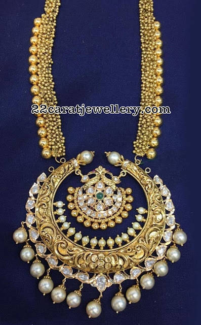 Gold Swirls Haram and Nakshi Pachi Pendant