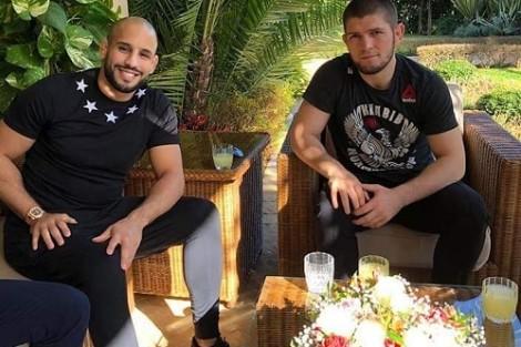 المُقاتل حبيب يصل إلى المغرب تلبية لدعوة ملكية