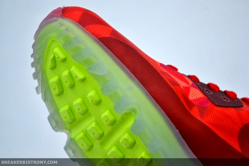 064f0e4e6b The Nike Air Max 90 ICE