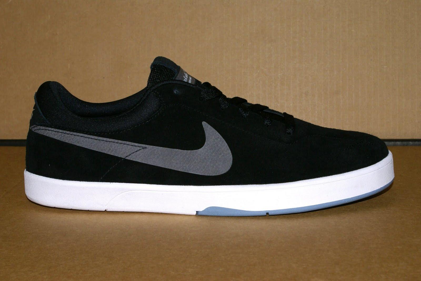 oferta muy bonito calidad primero Blindside of Layton: Nike SB Eric Koston Shoe (Black/Dark Grey ...