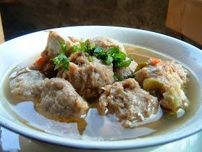 Bakso Daging Sapi Kuah Ayam
