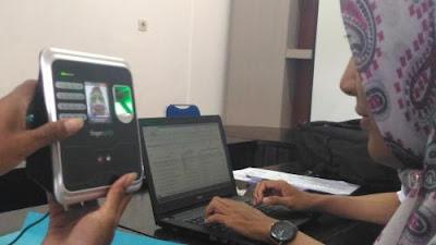 Absensi sensor wajah PNS di Banyuwangi.
