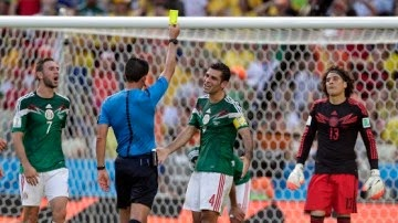 2014 World Cup: Netherlands Beat Mexico 2-1 to Reach Quarter-Finals