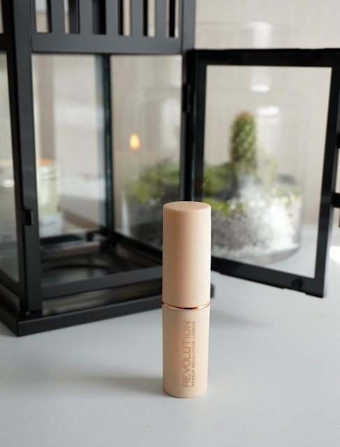 Revue Fast Base Foundation Stick Makeup Revolution