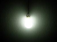 光がまんべんなく広がります