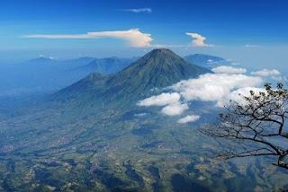 Cerita Pendakian Gunung Slamet 3428 MDPL via Bambangan