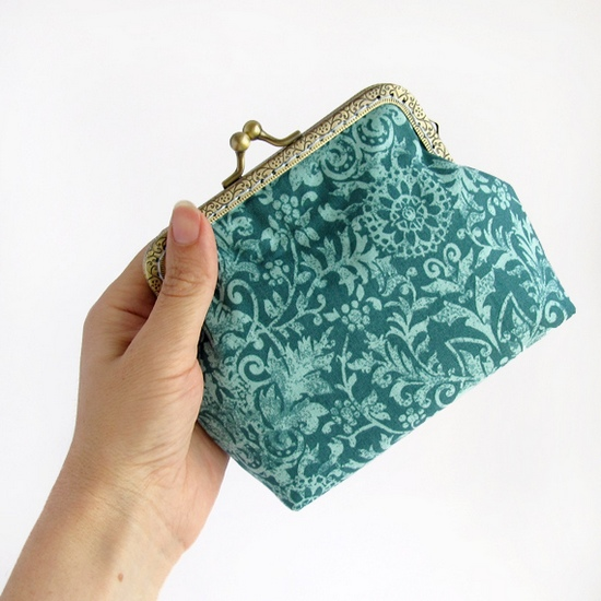 emerald green purses, sewing