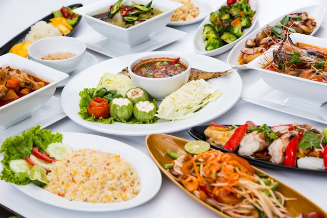 10 Makanan Indonesia ini terkenal di Luar negeri, apa makanan kesukaan kamu salah satunya?