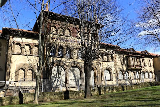 Edificio de la Fundación Miranda utilizado por el colegio La Milagrosa