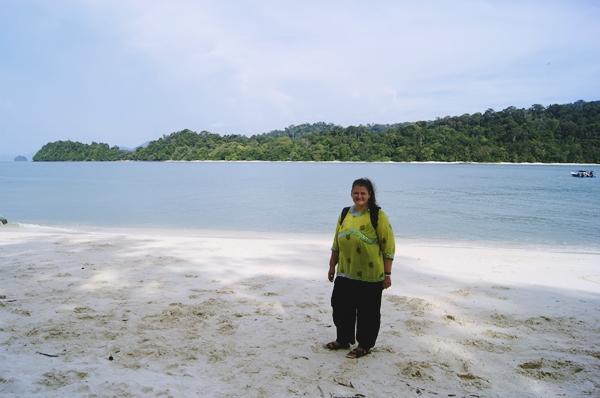 Langkawi-plaja-nisip-alb-malaezia