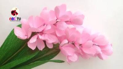 Bunga dari Kertas Krep